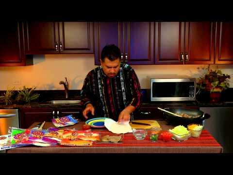 Azteca Food's Chef Gustavo Making Steak Tacos