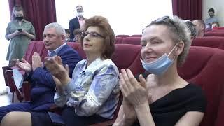 В администрации наградили работников скорой медицинской помощи