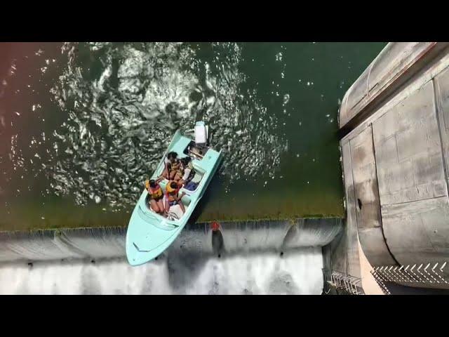 德州奧斯汀小遊艇卡長角牛水壩頂 直升機及時垂降救人