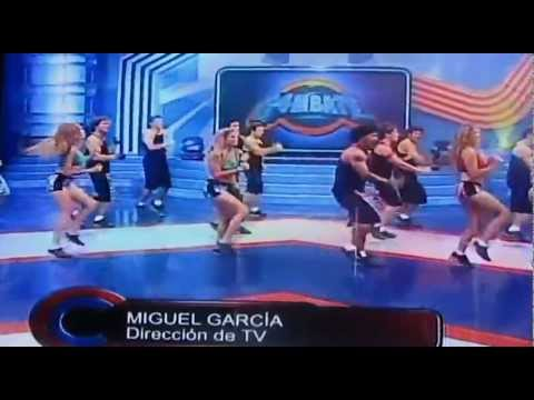COMBATE ES BACAN - CHARLIE ANDRE ( Cantante y Prod Musical )