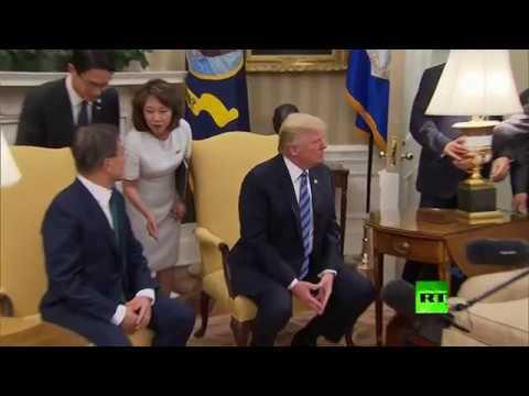 حارس ترامب ينقذه من ضربة مصباح في المكتب البيضاوي