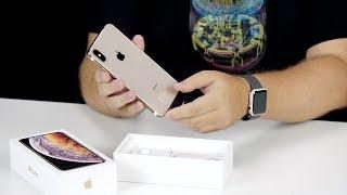 Распаковка iPhone XS Max в золоте