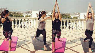 Bollywood actress Shilpa Shetty Yoga video goes viral..