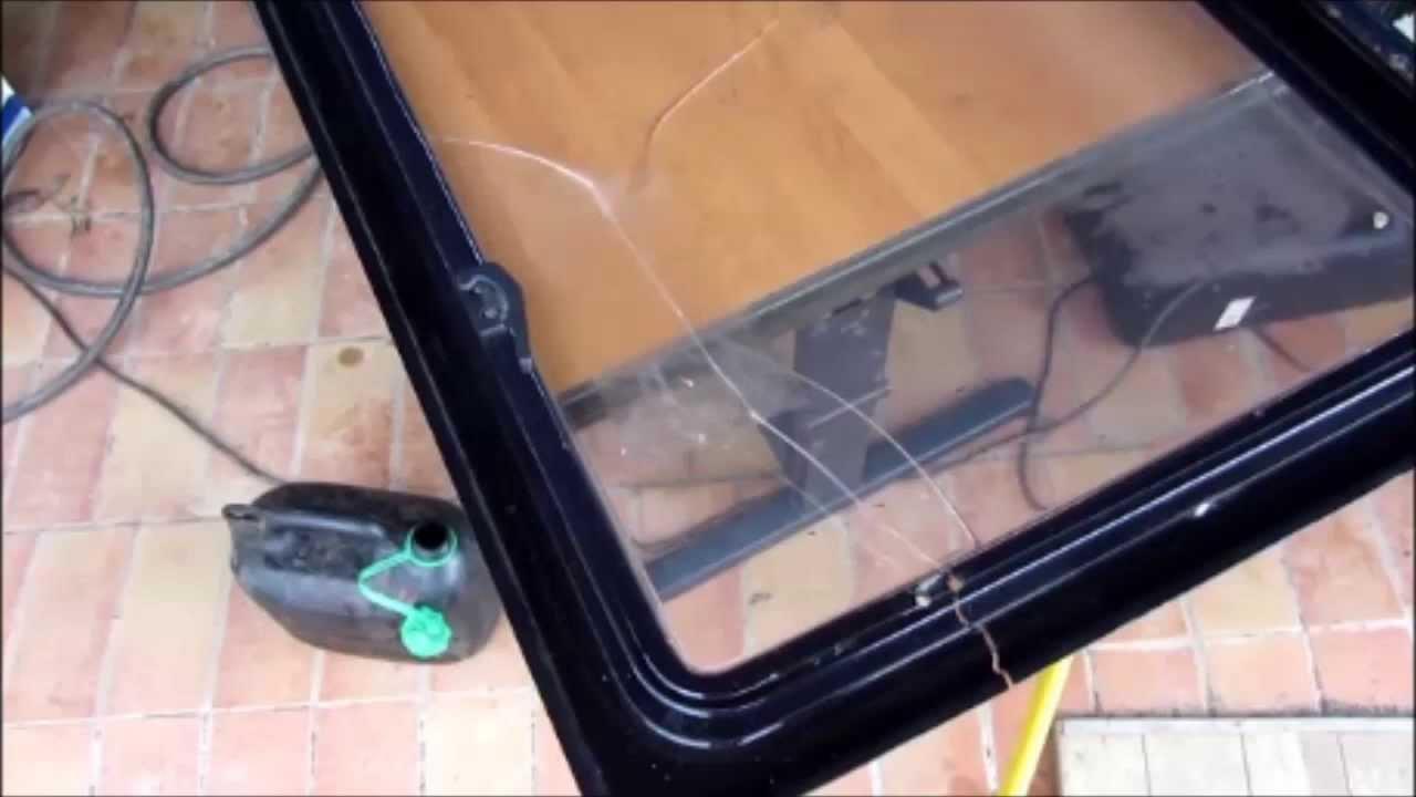 wohnwagen fensterscheibe repaprieren ausbessern risse. Black Bedroom Furniture Sets. Home Design Ideas