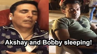 Ritesh Deshmukh shares hilarious clip of Akshay Kumar and ..