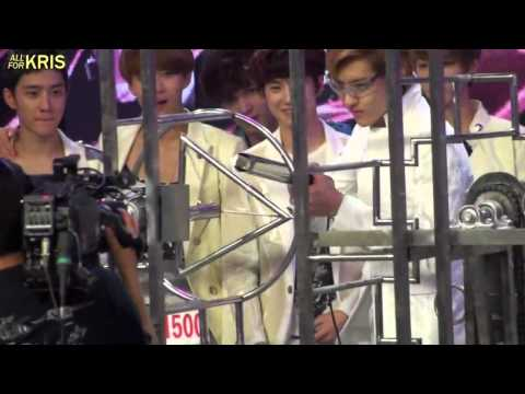 [Fancam] EXO - 120703 - Kris almost didn't get to take on the challenge