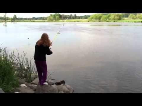 Катя на рибалке