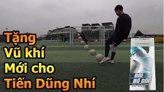 Thử Thách Bóng Đá Đỗ Kim Phúc tặng vũ khí mới cho thủ môn Bùi Tiến Dũng nhí trổ tài bắt penalty