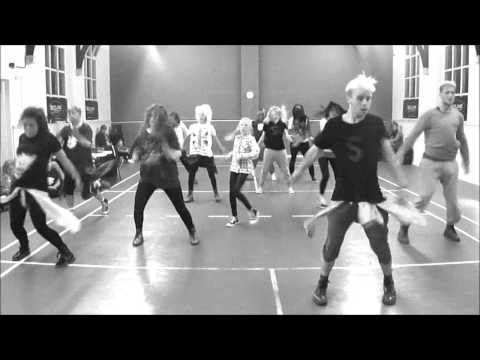 Baixar David Guetta Ft Sia - She Wolf Choreography
