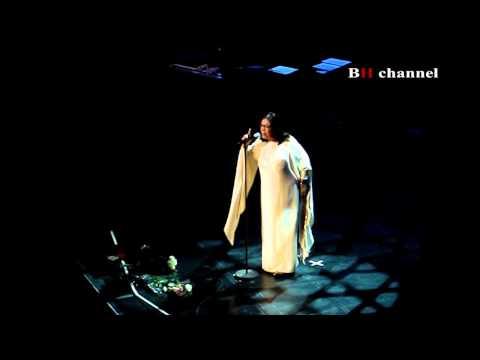 Nana Mouskouri la Bucuresti (2011)- Le Ciel Est Noir