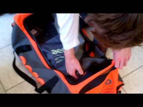 Aero Midi Wheelie Cricket Bag