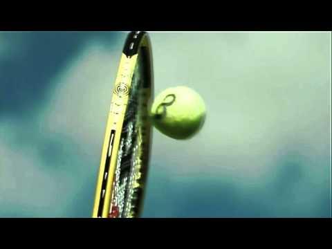 Како се менува тениското топче при сервирање?