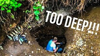WHAT'S AT THE BOTTOM OF THIS GIANT HOLE!?!?! ANTIQUE BOTTLES FOUND BY TREASURE HUNTERS!!!