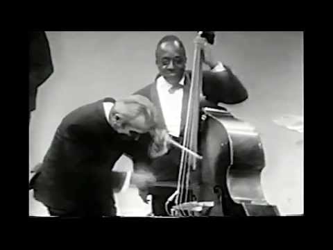 Jazz Drumming Legend on Bass?