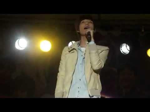 20111025 潘裕文 幸福的時光+捕夢人+訪問+我和你從未分手@台北大學校慶演唱