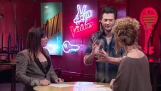 Kelly Clarkson mentor contestants on The Voice