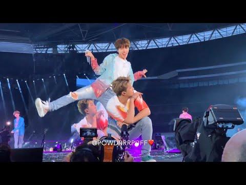 190602 - DOPE BAEPSAE FIRE IDOL - BTS 방탄소년단 - Speak Yourself Tour - Wembley Day 2 - HD Fancam 직캠