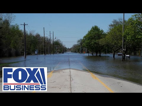 Catastrophic flooding forces thousands from their homes in Michigan