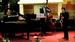 Bekijk video 1 van Night Grooves Project op YouTube