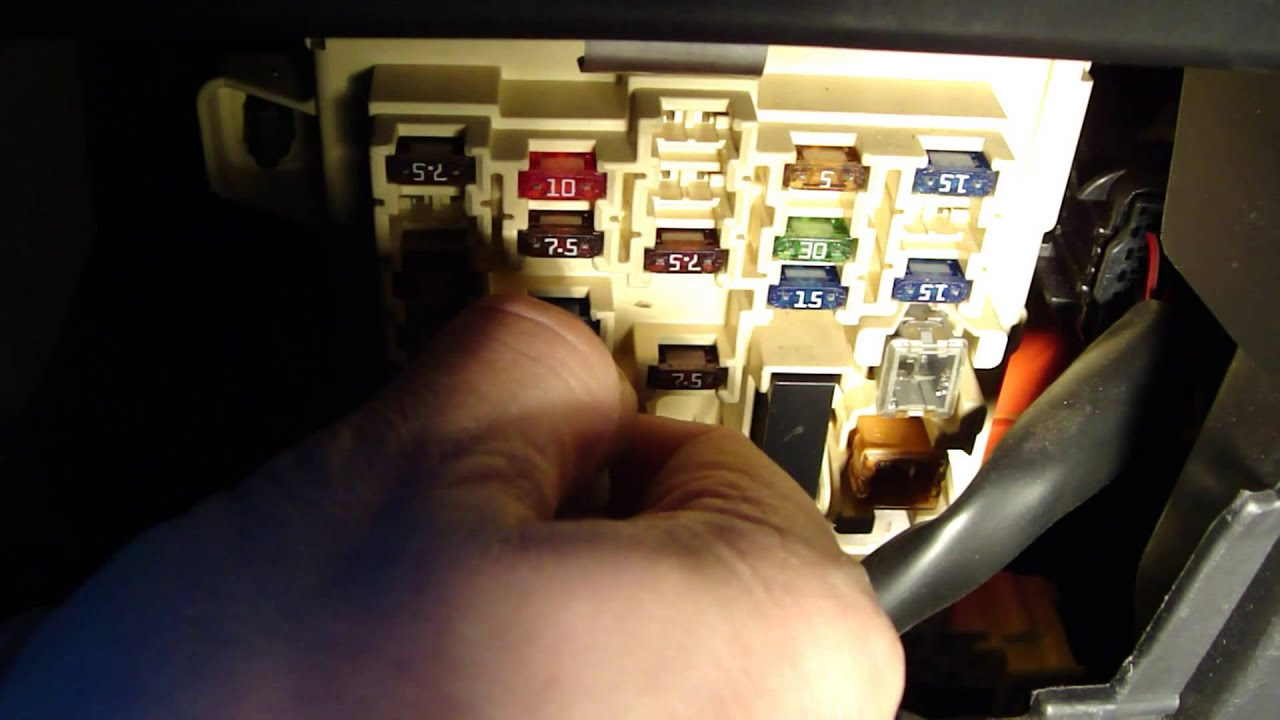 Maxresdefault on 2006 Prius Fuse Box