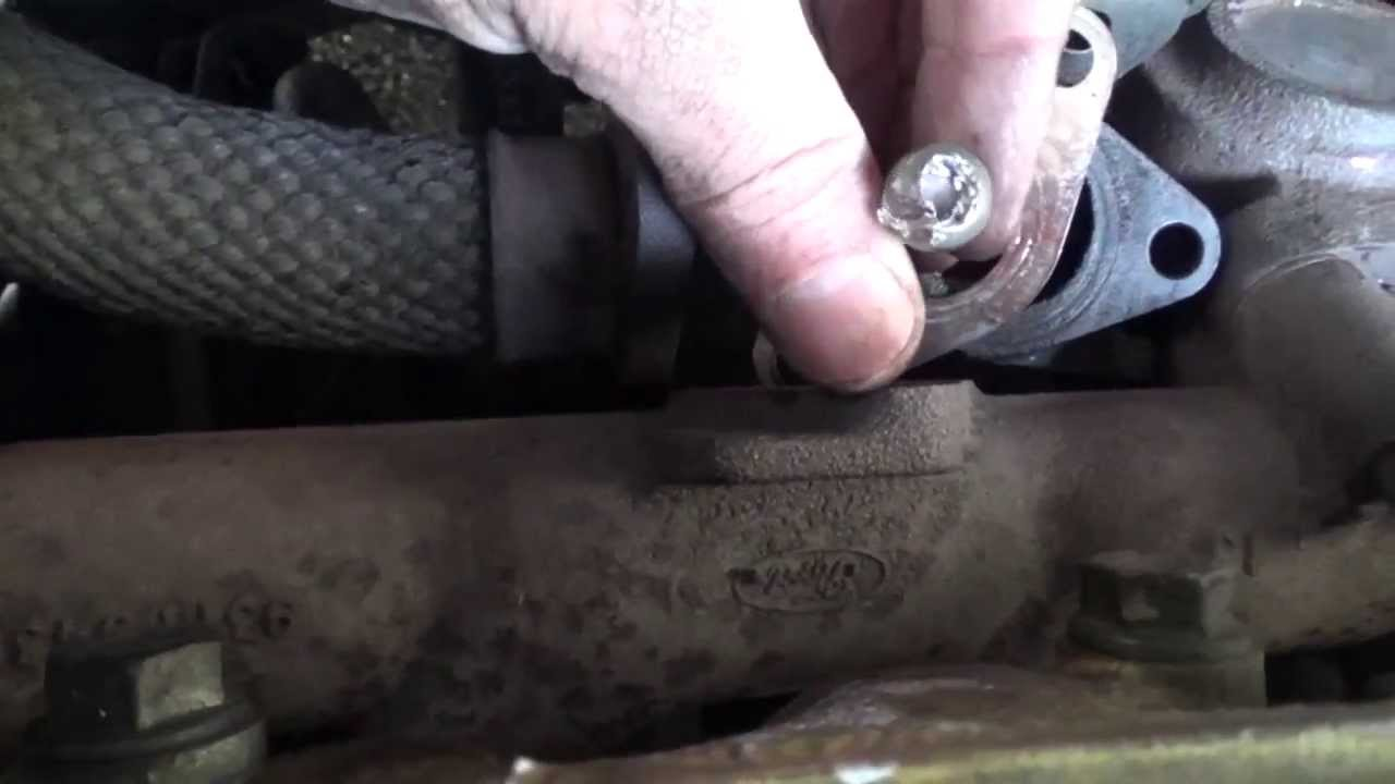 remove loosen a blocked stuck rusted stripped screw head youtube. Black Bedroom Furniture Sets. Home Design Ideas