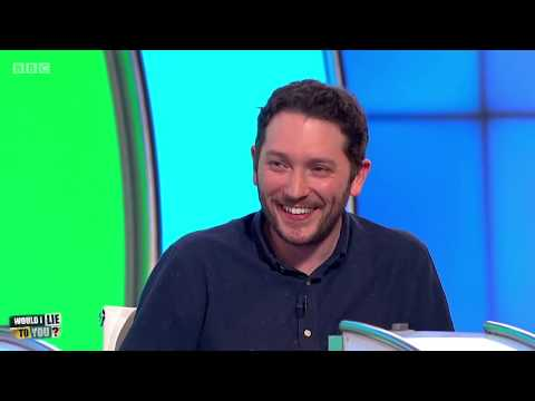 Does Jon Richardson put his shoes on the wrong feet to remember things? - Would I Lie to You? [CC]