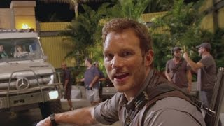 Watch Chris Pratt's Hilarious Behind-the-Scenes 'Jurassic World' Video Diary