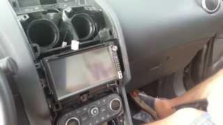Smontaggio e Installazione autoradio Nissan Qashqai, comandi al volante da autoaudio.it