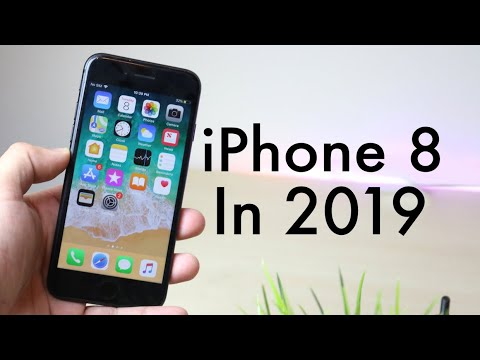 iPHONE 8 In 2019! (Still Worth It?) (Review)