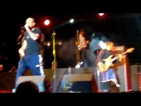 Siempre digo lo que pienso- Calle 13 en Vivo- Concierto en Quito 03/20/2012... by JDAVID