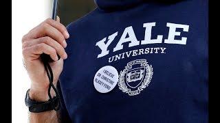 Ronan Farrow: Yale classmate 'extraordinarily careful' in accusing Kavanaugh