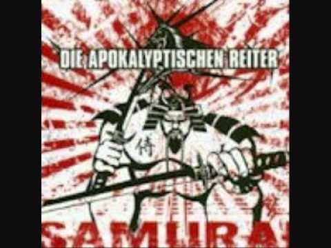 Die Apokalyptischen Reiter - Reitermaniacs + Songtext