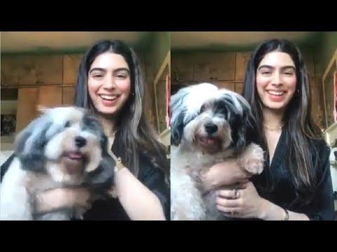 Jhanvi Kapoor's sister Khushi Kapoor funny Tik Tok video during lockdown
