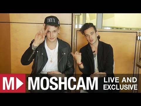The 1975 talk saxophones, tequila and fan-fiction (at Big Day Out) | Moshcam