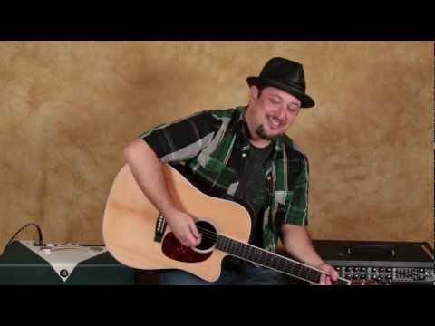 How to Sing and Play Guitar at the Same Time - Easy Guitar Lessons - Easy Vox Lessons
