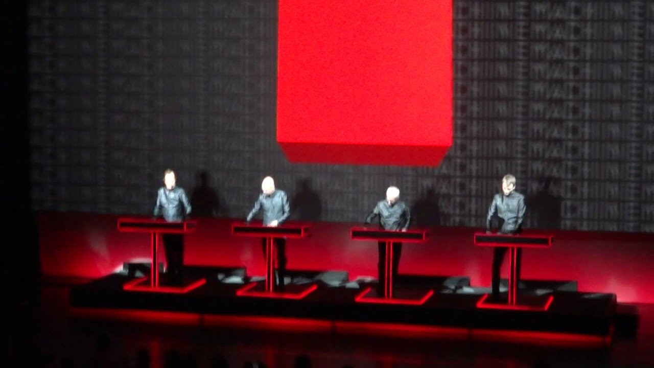 Kraftwerk 3D-Konzert am 12.10.2011 in München - YouTubeKraftwerk 3d