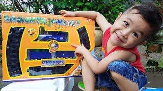 Trò Chơi Bé Ráp Đoàn Tàu Xe Lửa ❤ ChiChi ToysReview TV ❤ Đồ Chơi Trẻ Em Baby Doli