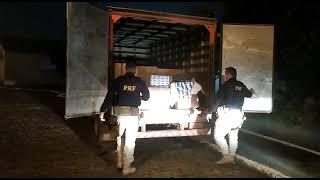 PRF apreende carga de cigarros avaliada em 250 mil reais na BR 392, em Canguçu