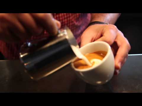 Learn How to Make Latte Art