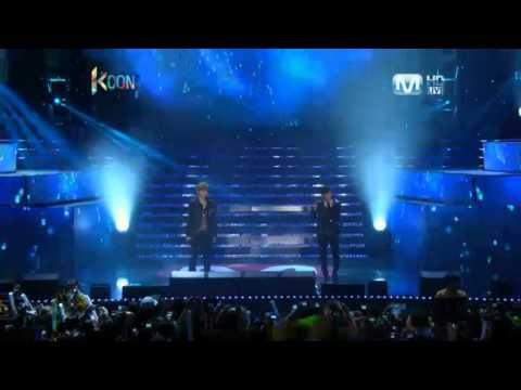 EXO M - 121014 KCON - Ment + What Is Love + Ageyo
