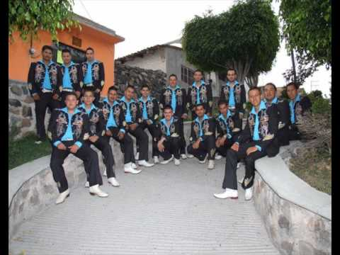 Banda Arenal De Paracuaro Gto - La Huerfanita