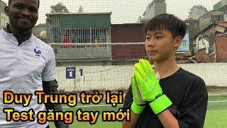 Thử Thách Bóng Đá Duy Trung trổ tài làm thủ môn bắt Penalty bay người cứu thua như De Gea Việt Nam