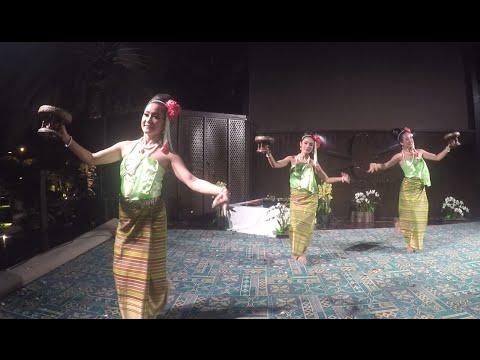 DGOT - Traditional Thai Dance -  Fon Khan Dok