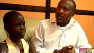 N'ezikoolima: Kitone kya mwana