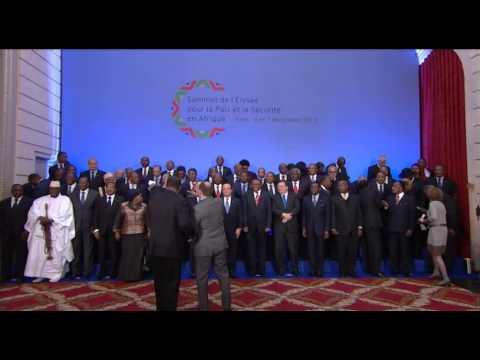 CEREMONIE D'OUVERTURE DU SOMMET DE L'ELYSEE POUR LA PAIX ET LA SECURITE EN AFRIQUE
