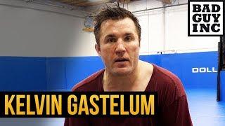 Kelvin Gastelum reminds me of Dan Henderson.