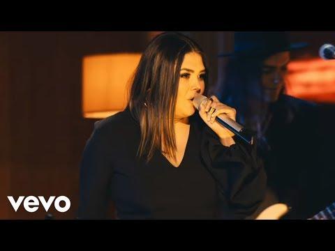 Yuridia - Lo Que Son las Cosas (Primera Fila) (En Vivo)