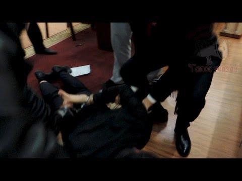 Ляшко затримав лідера сепаратистів Клінчаєва \ Ляшко задержал лидера сепаратистов Клинчаева