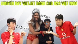 CrisDevilGamer PHÊ LÒI khi lên chuyến bay VIETJET dành cho U23 VIỆT NAM