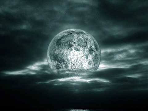 de aqui a la luna